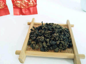 Wholesale fresh water pearl: Chinese PremiumTieKuan Yin Oolong Tea (Roasted Type)