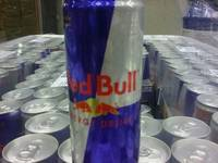 Wholesale energy drink suppliers: Austria Original Bull Energy Drink Red / Blue / Silver / Extra