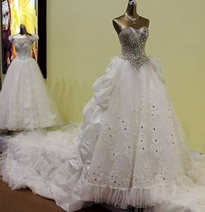 Wholesale wedding gown: Ivory Sweetheart 3 Meters Train Tulle Ball Gown Wedding Dress