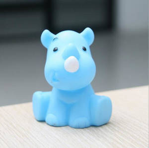 Wholesale Plastic Toys: Custom Made Animal Shaped Squeeze Vinyl Rubber Toy