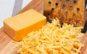 Wholesale cheese: Best Quality Cheese Cheddar Cheese Mozzarella Cheese for Sale