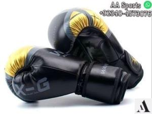 Wholesale leather gloves: UFC MMA Black Fighting Boxing Leather Gloves Tiger Muay Thai Training Glove Muay Thai Kickboxing Mma