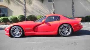 Wholesale tire polisher: 1997 Dodge Viper Gts
