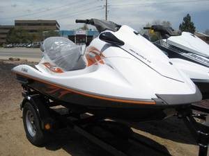 Wholesale engine: Jet Skis 2-3 Passenger Seated for Sale