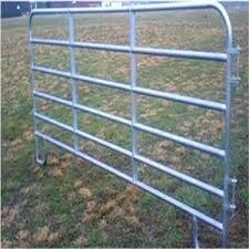 Wholesale fence panel: Hot-dipped Galvanized Welded Wire Mesh Fence Livestock Panels