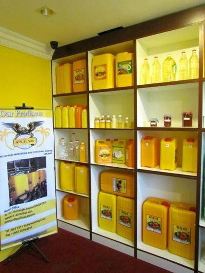 Sell Quaality Vegetable Oil