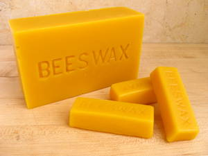 Wholesale bone comb: Natural Yellow Beeswax with 100% Purity