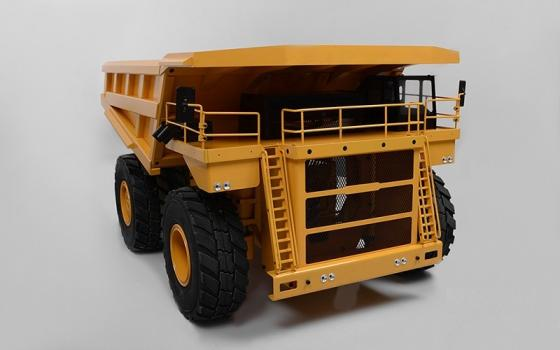 Sell 1/14 Scale Earth Hauler 797F Hydraulic Mining Truck