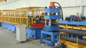 Wholesale servo motor shearing: 3-wave Guardrail Roll Forming Machine