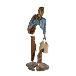 Wholesale office: Life Size Hollow Out Abstract Art Bronze Office Worker Handbag Sculpture