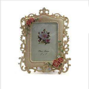 Wholesale photo stand: Rose Flowers Photo Picture Polyresin Standing 6inch Picture Photo Frame