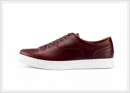 Sell Casual Shoes -RUN Burgundy
