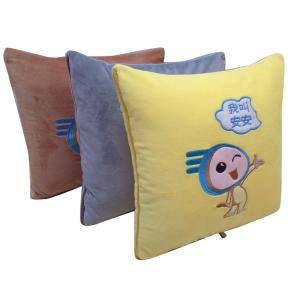 Wholesale Pillow: Car Blanket 004