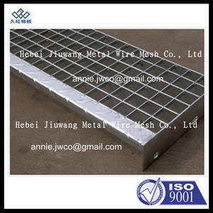 Wholesale Metal Building Materials: Checkered Plate Nosing Stair Treads