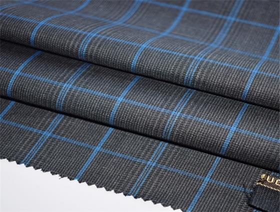 Sell Fashion Modern Checked Worsted Wool Suiting Fabric