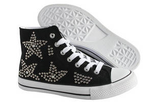 Wholesale disney approved factories: Fashionable Canvas Shoes with Studs 2014
