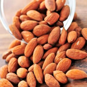 Wholesale almond in shell: Raw Natural Almond Nuts for Sale