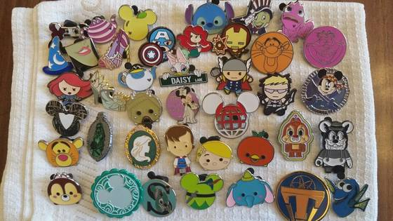 Sell disney pin trading