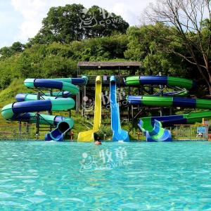 Wholesale playground equipment: Water Park Design Fiberglass Spiral Sports Playground Equipment Slide for Sale