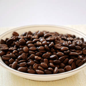 Wholesale price roasted coffee beans: Roasted Coffee Beans