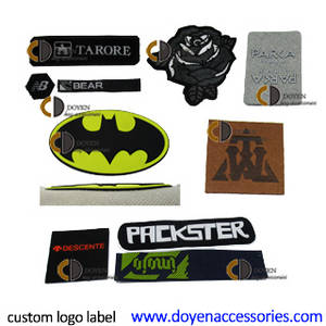 Wholesale woven labels: Custom T Shirt Woven Fabric Clothing 3D Brand Name Logo Sticker Label