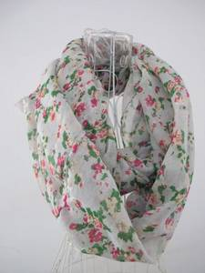 Wholesale fashion scarf: Hot Sell Fashion Flowery Print Scarf