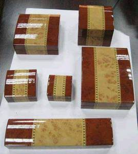 Wholesale wooden jewelry gift: Wooden Jewelry & Gift Box