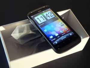 Wholesale dual sim: BUY 2 GET 1 FREE HTC Desire 700 7060 Dual-SIM Quad 3g 8mp