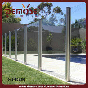 Wholesale rail construction attachments: Outdoor Fluted Tube Glass Fence