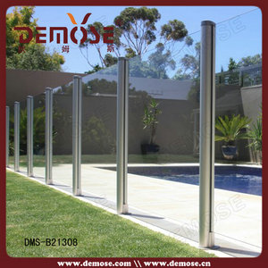 Outdoor Fluted Tube Glass Fence