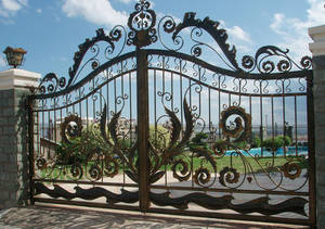 Wholesale Gates: Wrought Iron Gate HT-9M011