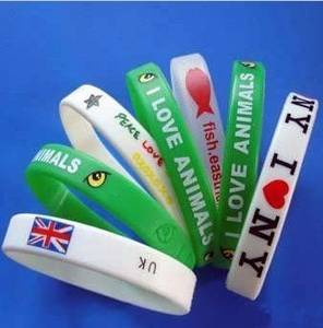 Wholesale usb flash drive wristband: Silicone Bracelets Wristbands Fashion Silicone Bracelets