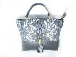 Wholesale italy: New High Quality Handbag, Made in Italy, Genuine Leather