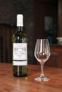 Wholesale Wine: Bordeaux Sauvignon 2016
