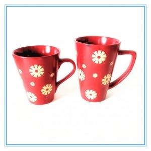 Flower Pattern Design Silkscreen Printing Ceramic Red Glazed Mug with Handle