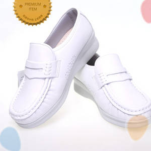 Wholesale shoes: Special Comfort Soft Flexible Nurse Shoes Cowhide Band Made in Korea