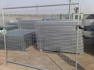 Wholesale Steel Wire Mesh: Welded Wire Mesh Temporary Fencing with High Visibility