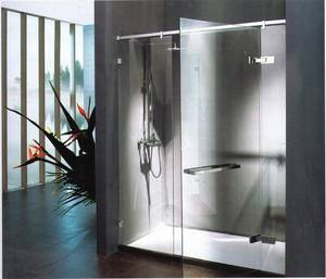 Wholesale Shower Rooms: Framless Shower Room with Pivotting Door