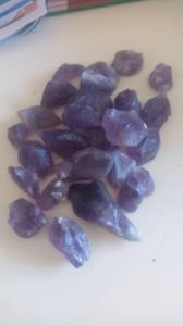 Wholesale Gemstones: Raw Blue Sapphire