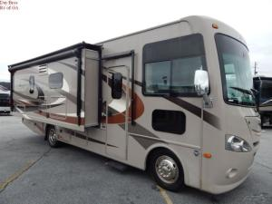 Wholesale power antenna cable: Used 2015 Thor Hurricane 27K Coach Class A Gas Motorhome Ford Triton Exterior TV