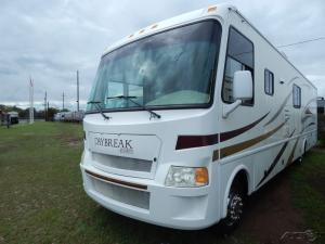 Wholesale for stoves cylinder: Used 2009 Damon Motor Coach Daybreak 3575 2009 Gas Motor Home