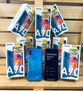 Wholesale ship: 100% Free Shipping !! PS4 Game Console Airpods Mobile Phones Iphons 11 Pro MAX 512GB Galaxy S10 Plus