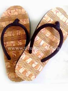 Wholesale Slippers: Straw Slippers