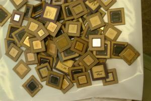 Wholesale ceramic cpu processors: Ceramic CPU Processor Gold Scrap / AMD 486 CPU and 586 CPU SCRAPS