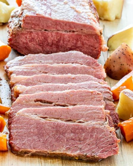 Canned Corned Beef 198g 340g Halal Certificate Factory High Quality Wholesale Cheap Price