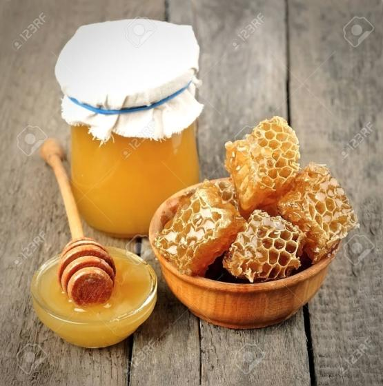 Factory Price Fresh Raw Mature Comb Honey for Sale