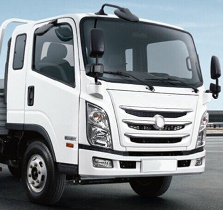 Different Kinds of Light Truck Driving Cabin