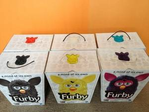 Wholesale candy: Furby 2012 (16) Colours Set