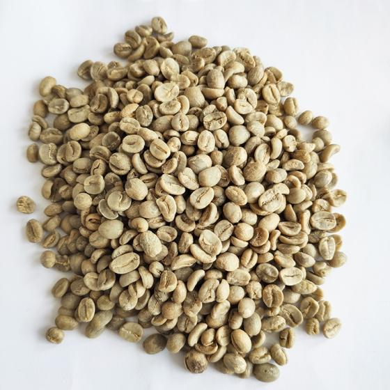Raw Coffee Beans Earthy Flavor Whole Bean Coffee Robusta Green Coffee Beans
