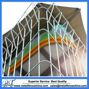Wholesale welded wire panel fence: Powder Coated Galvanized Garden Fence Panels Roll Top Welded Wire Mesh Fence